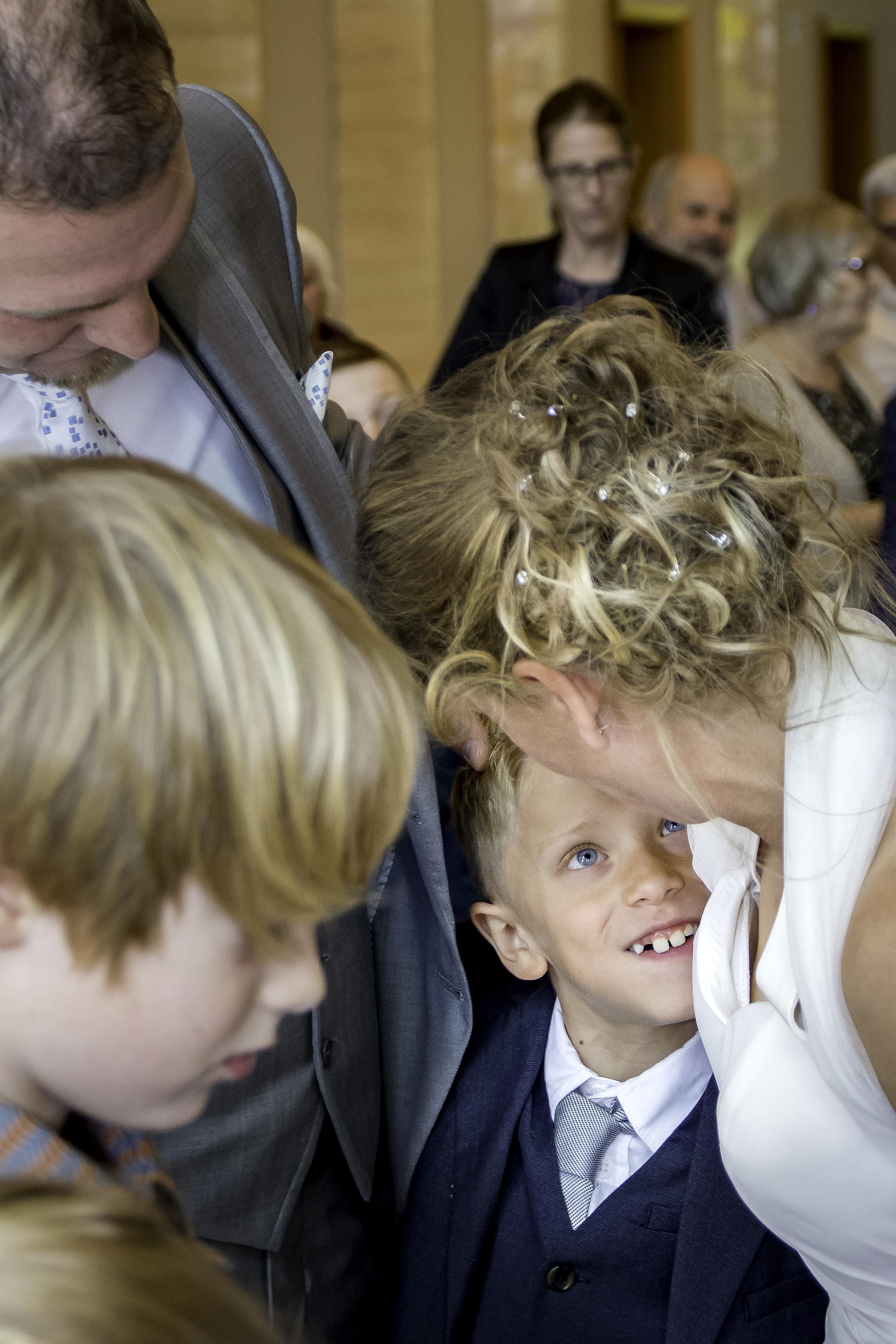 creativeboody-fotoshoot-huwelijksfeest-geert-eveline-voorbereiding-stadhuis-167.jpg