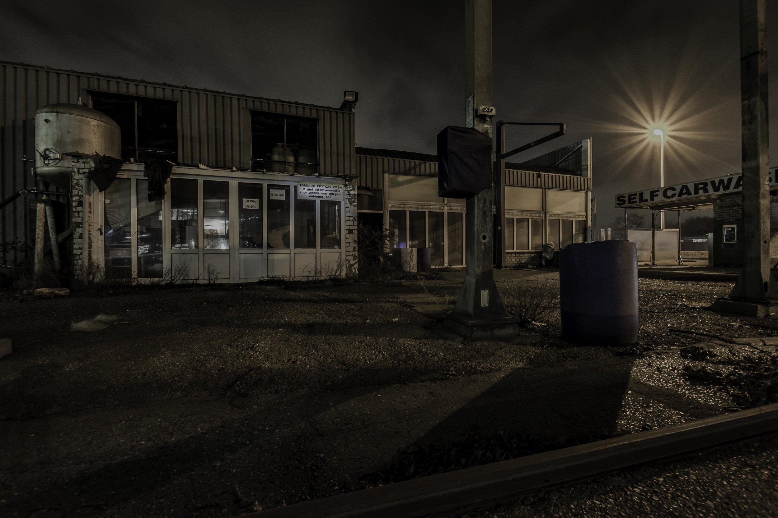 viewfinder-creativeboody-sven-van-santvliet-urbexfotografie-antwerpen-nachtfotografie-avondfotografie-verlaten-gebouwen-4