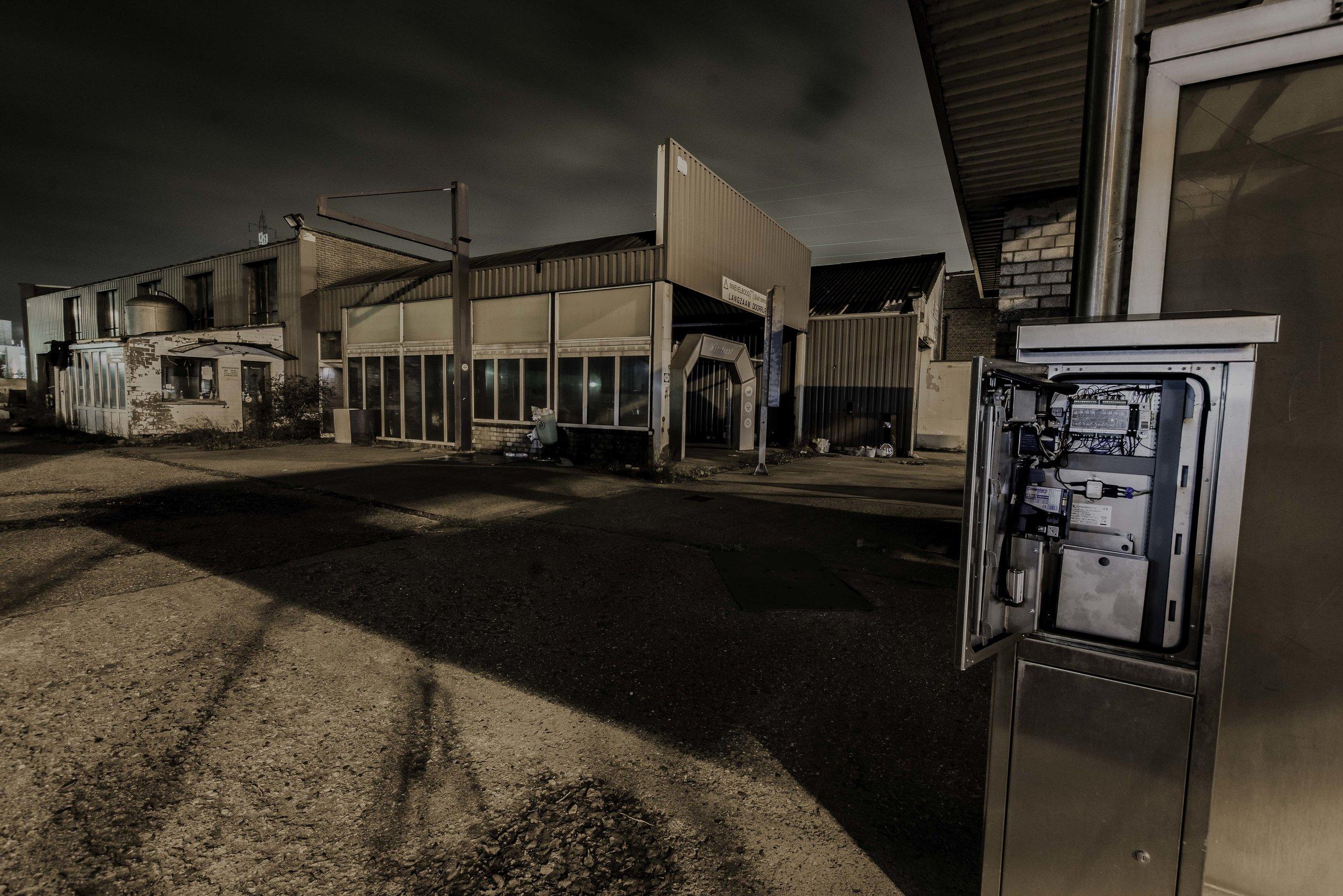 viewfinder-creativeboody-sven-van-santvliet-urbexfotografie-antwerpen-nachtfotografie-avondfotografie-verlaten-gebouwen-6