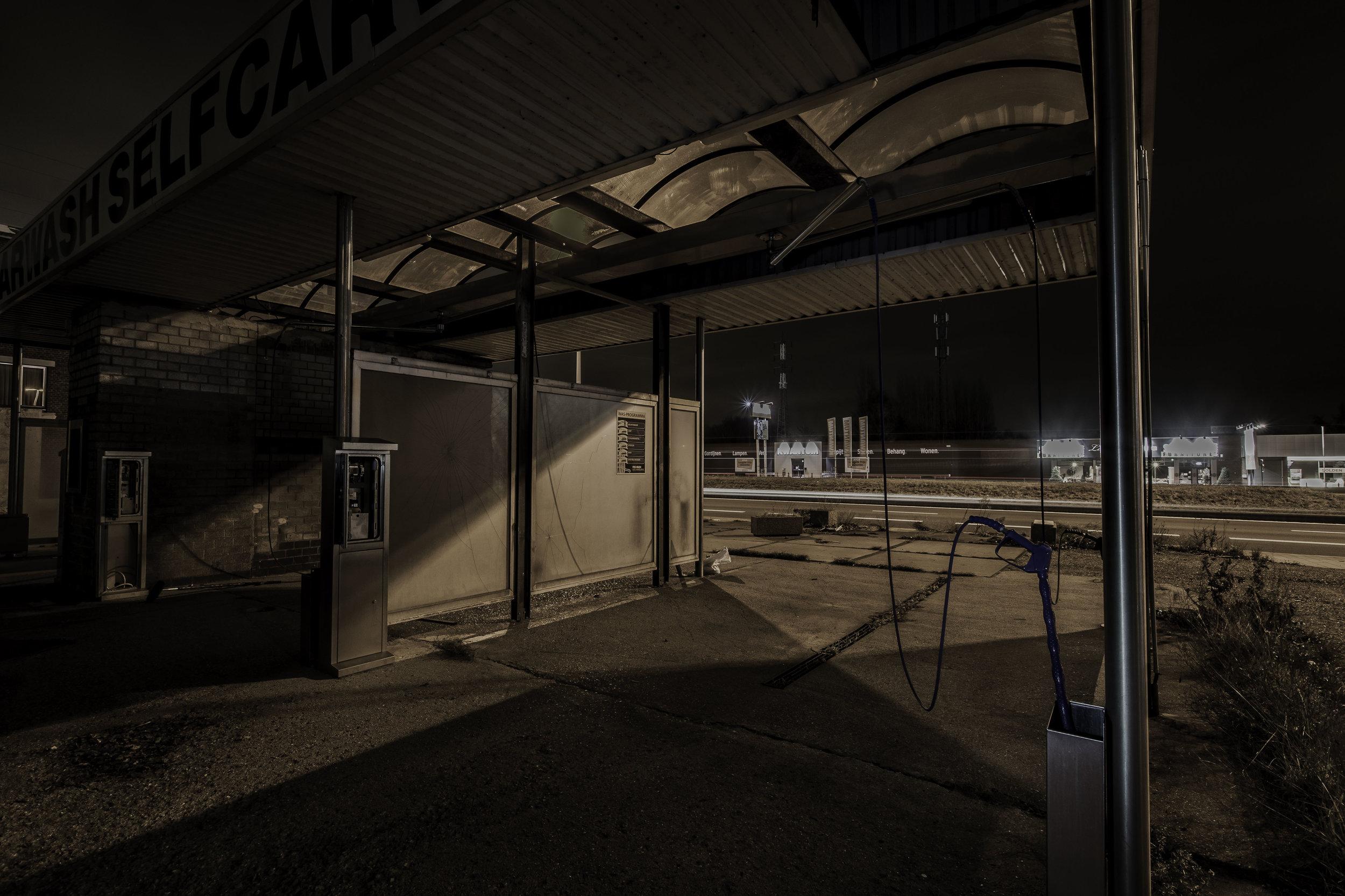 viewfinder-creativeboody-sven-van-santvliet-urbexfotografie-antwerpen-nachtfotografie-avondfotografie-verlaten-gebouwen-11