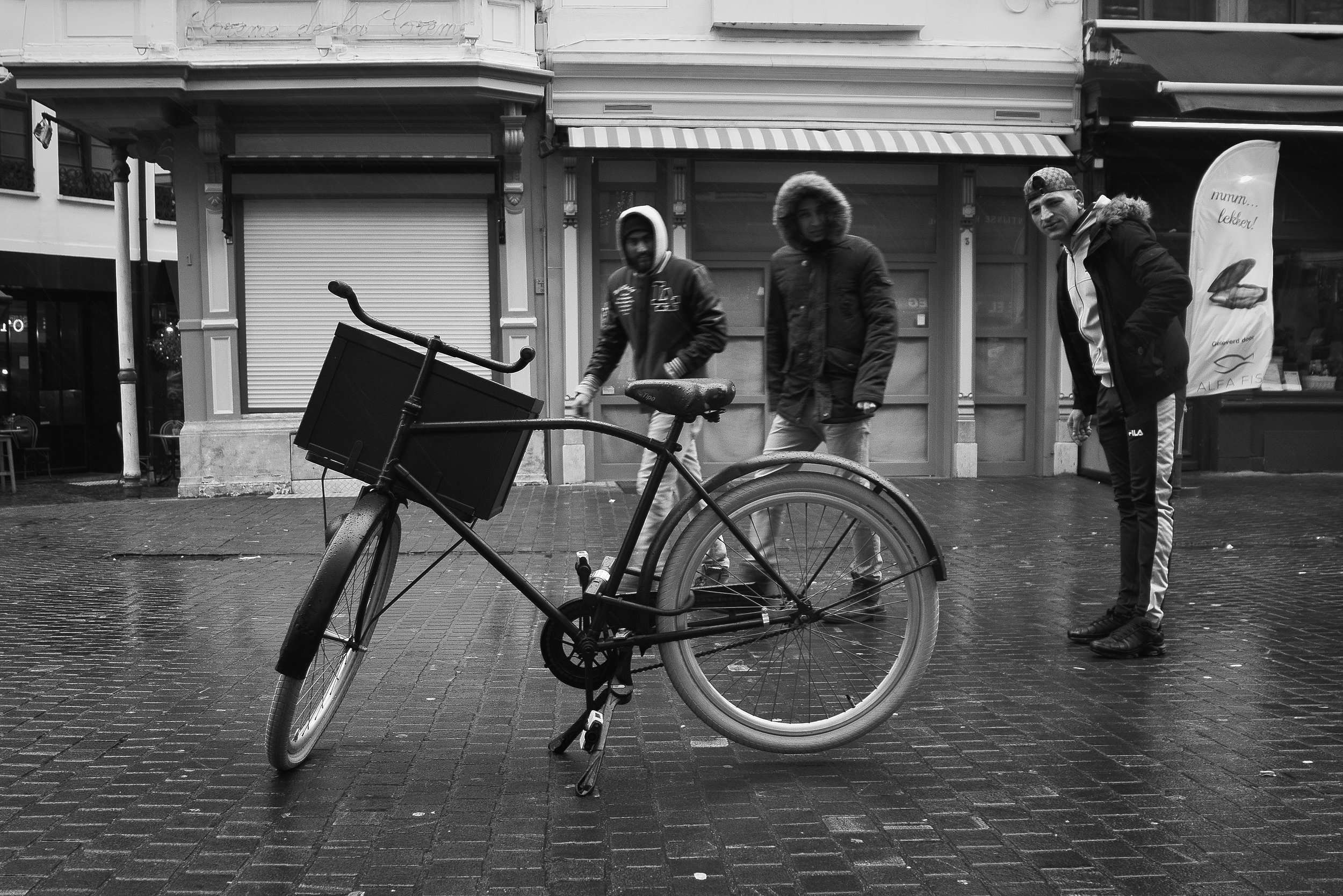 viewfinder_creativeboody_straatfotografie_antwerpen_fiets.jpg