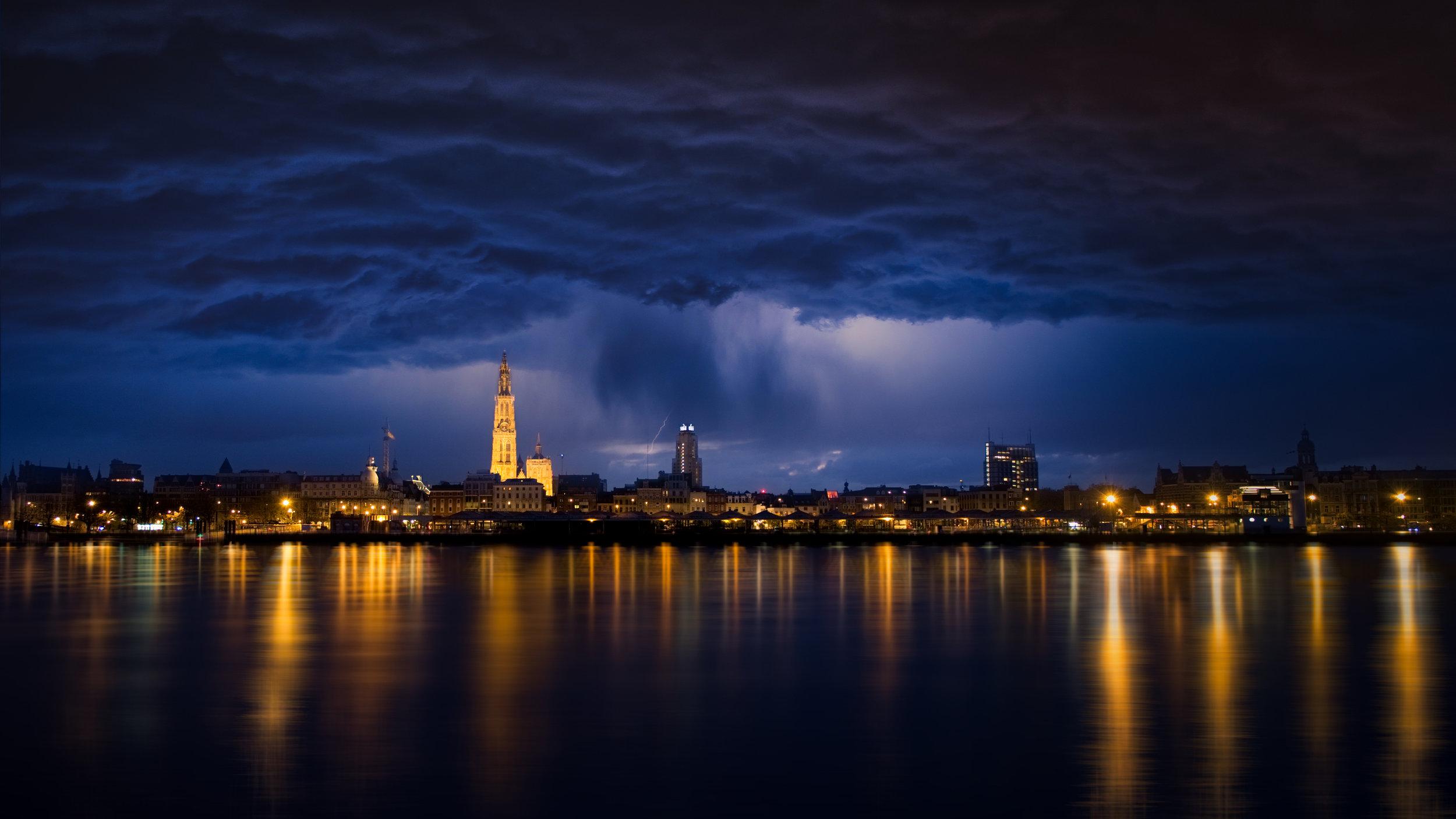 Night in Antwerp2.jpeg