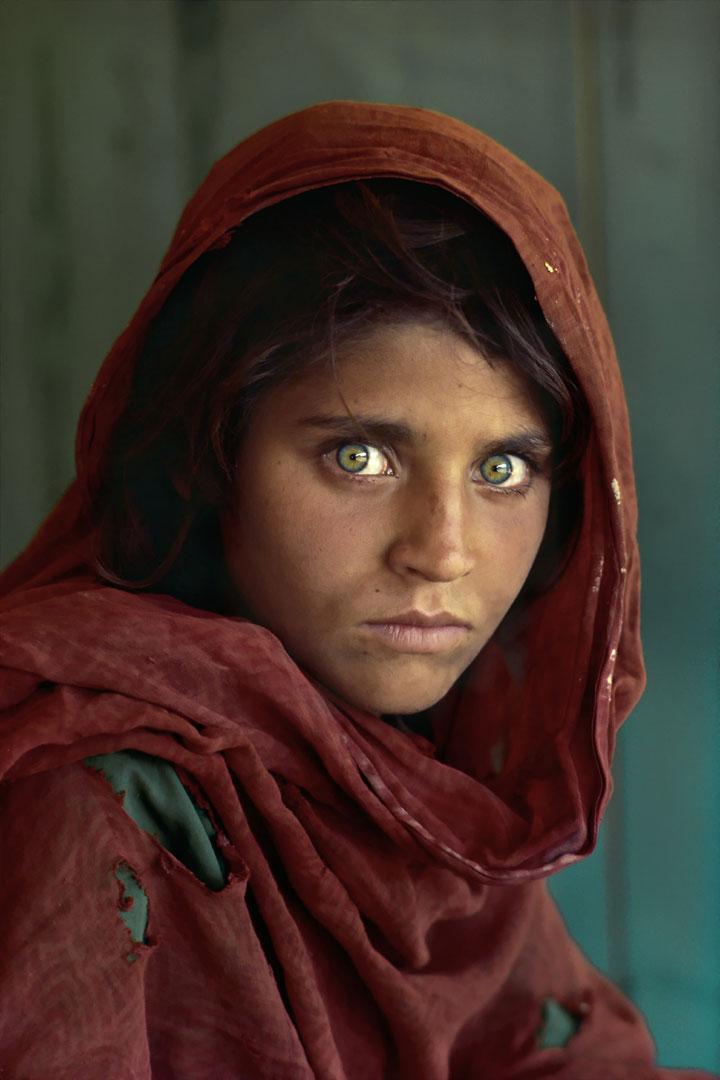 iconische-foto-afgaanse-vrouw.jpg