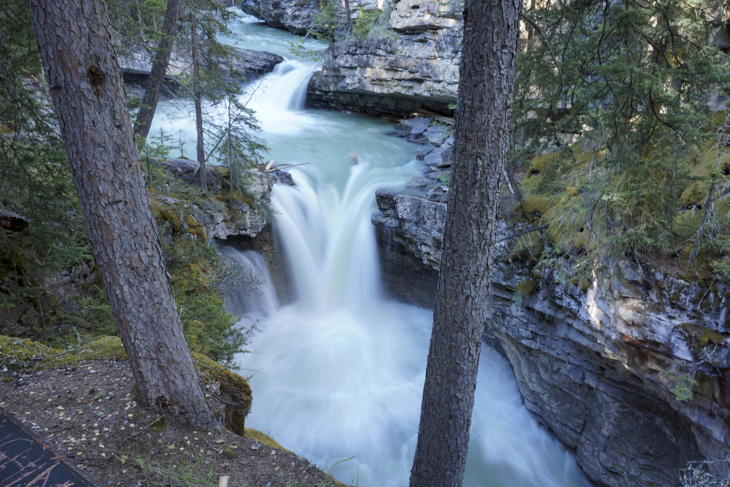 the national parks girl_banff national park_canada_alberta_sonya6000_johnston canyon_long exposureJPG