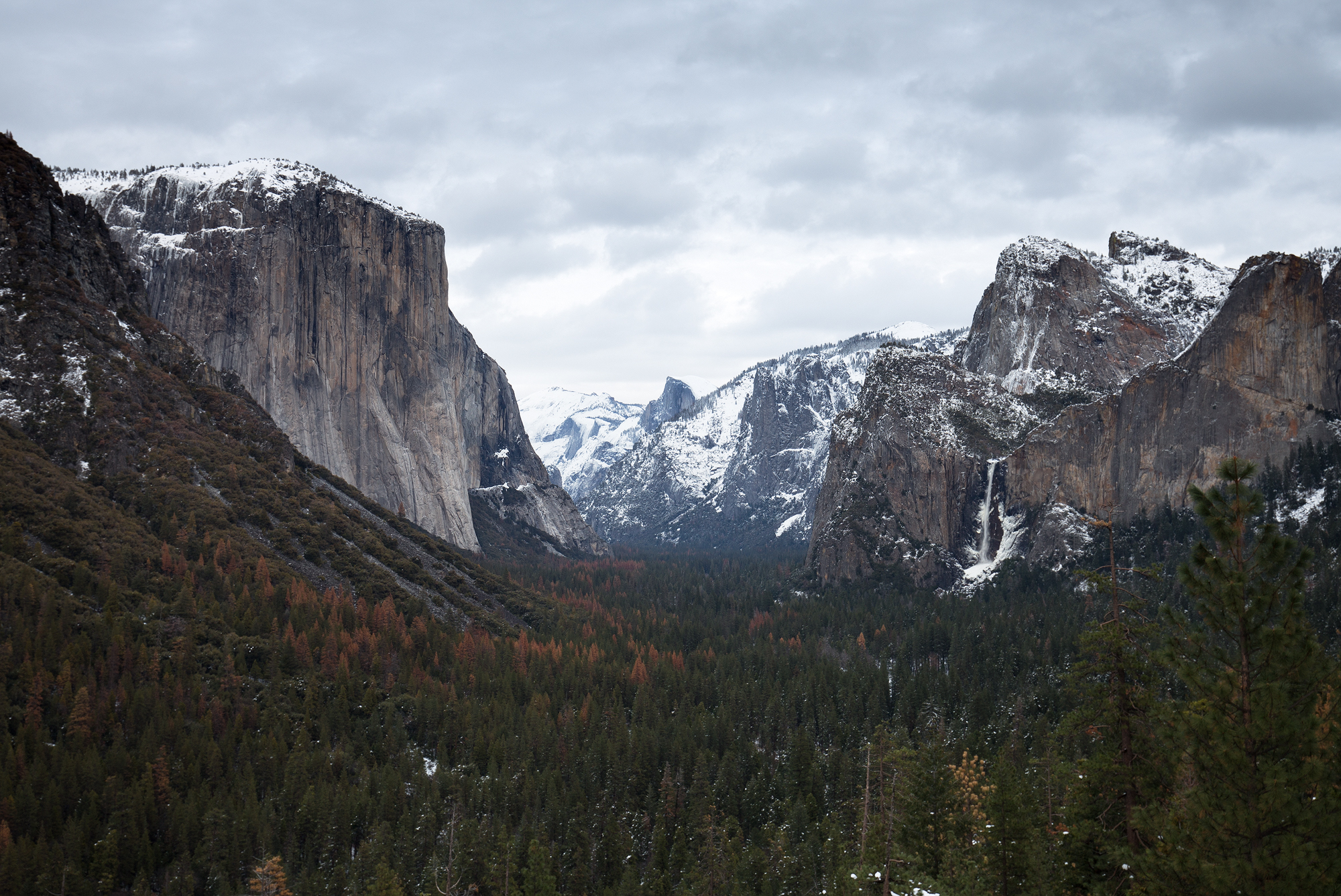 the national parks girl_tunnel view_yosemite national park_yosemite_winter_canon6d.JPG