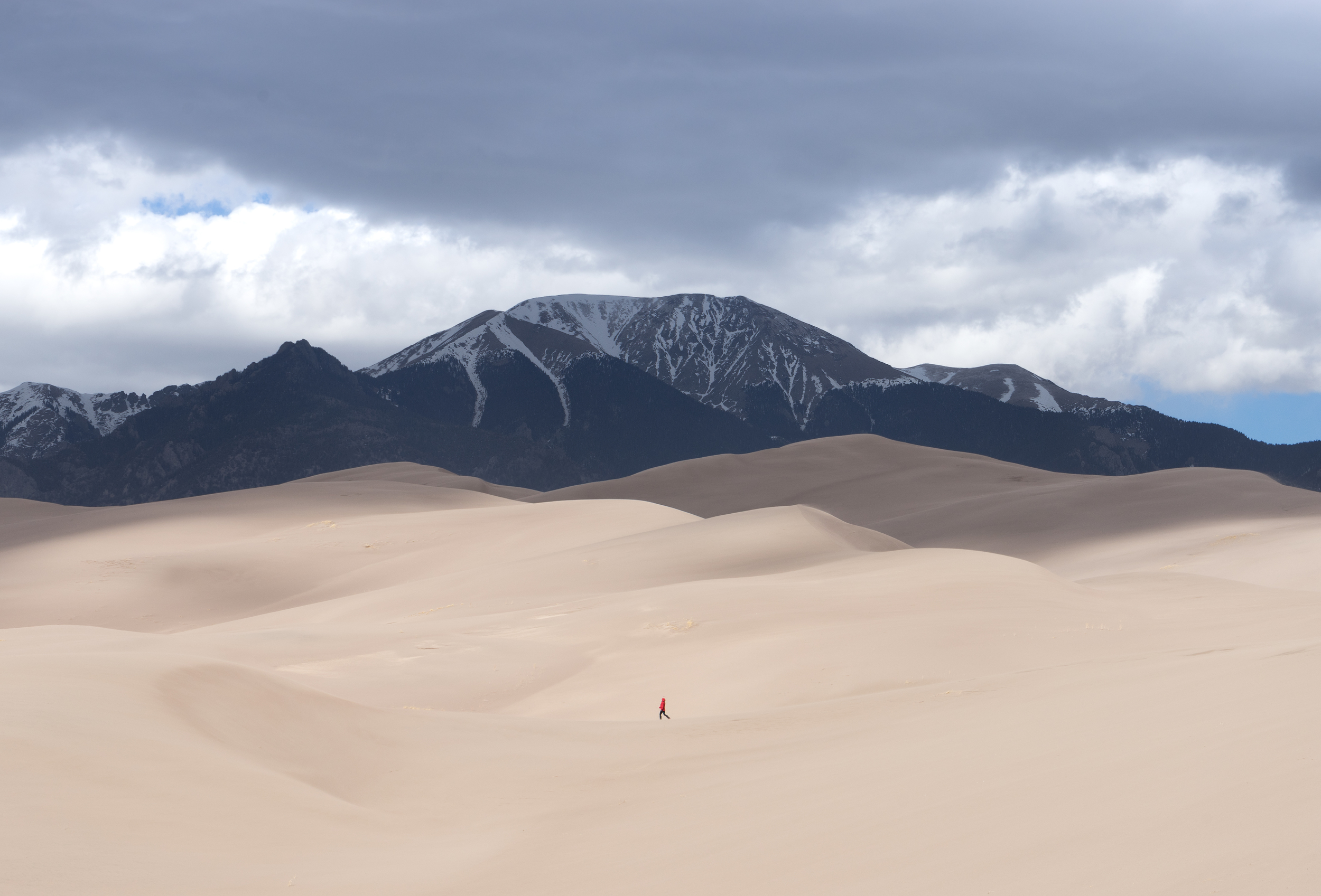 the national parks girl_great sand dunes national park_backcountry camping_canon6d_mount herard_sangre de cristo range.JPG