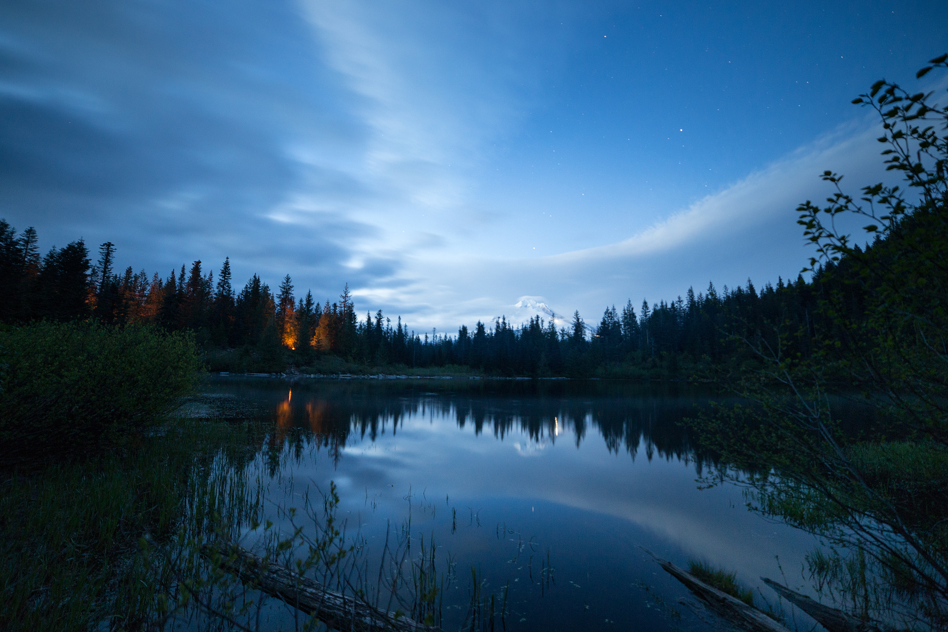 the national parks girl_oregon_mt hood_mirror lake_night photography_night sky_canon_tom dick and harry mountain.JPG