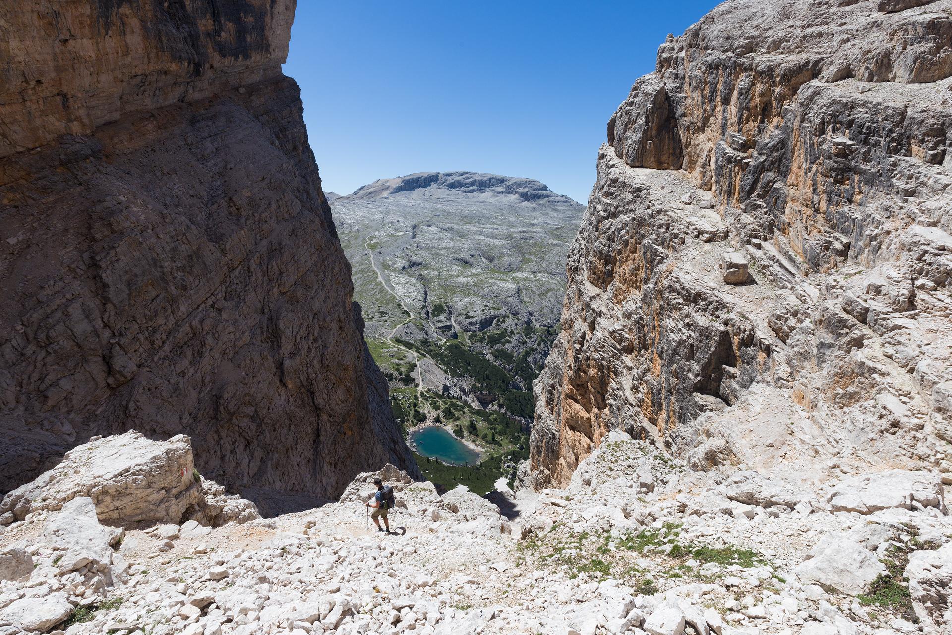 Descending towards Lago di Lagazuoi before heading back up the mountain in the distance where Rifugio Lagazuoi is located
