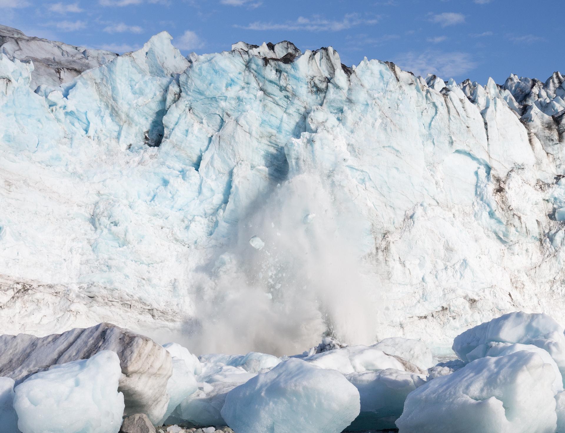 Lamplugh Glacier calving