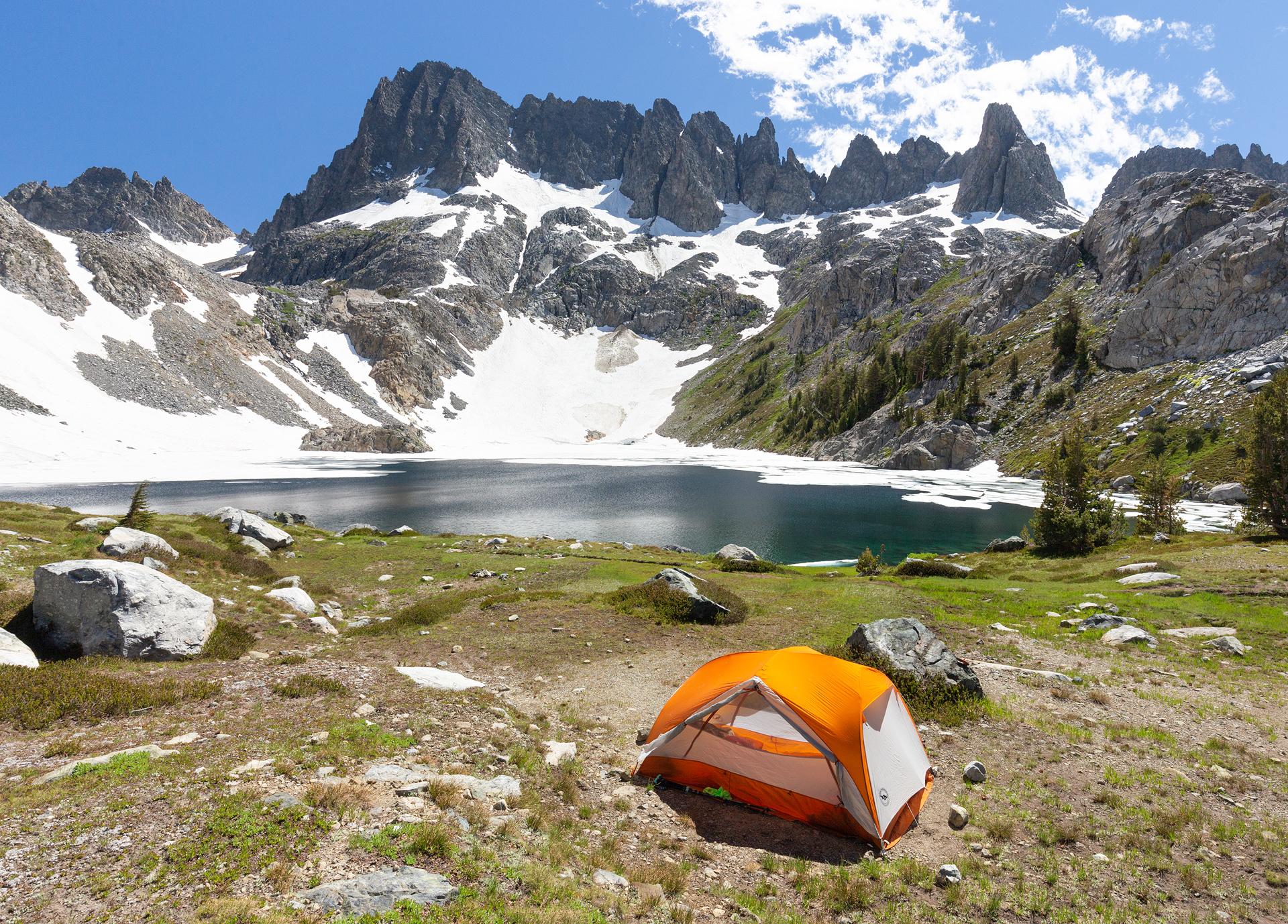 Camp at Iceberg Lake