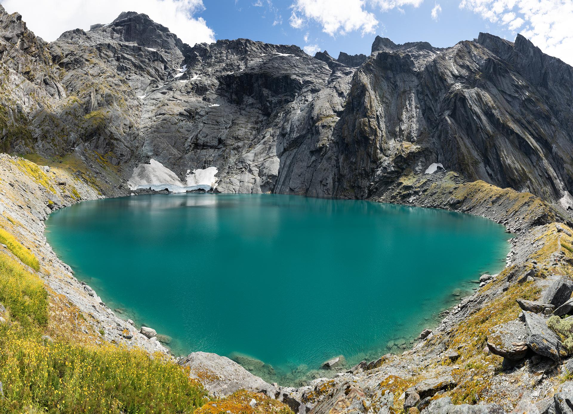 A 30 image pano of Lake Crucible