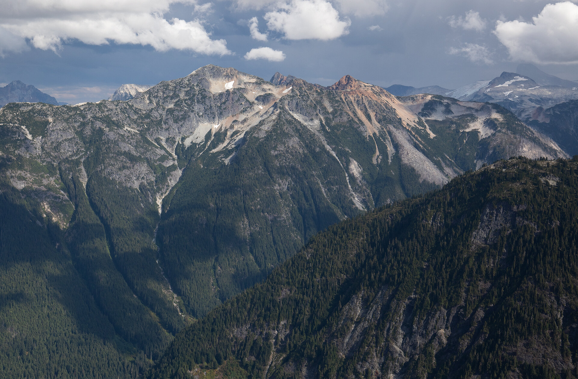 Photos from the ascent to the Copper Mountain Lookout