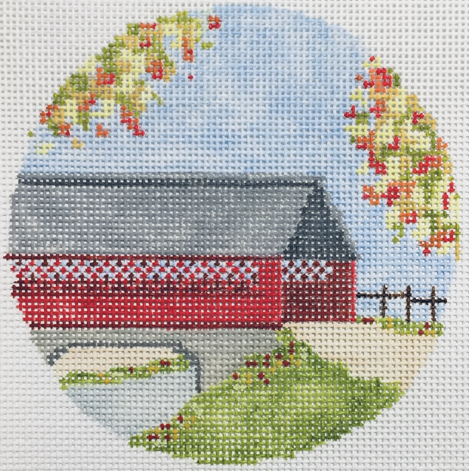 "Covered Bridge 22I   4"" round on 18 mesh"