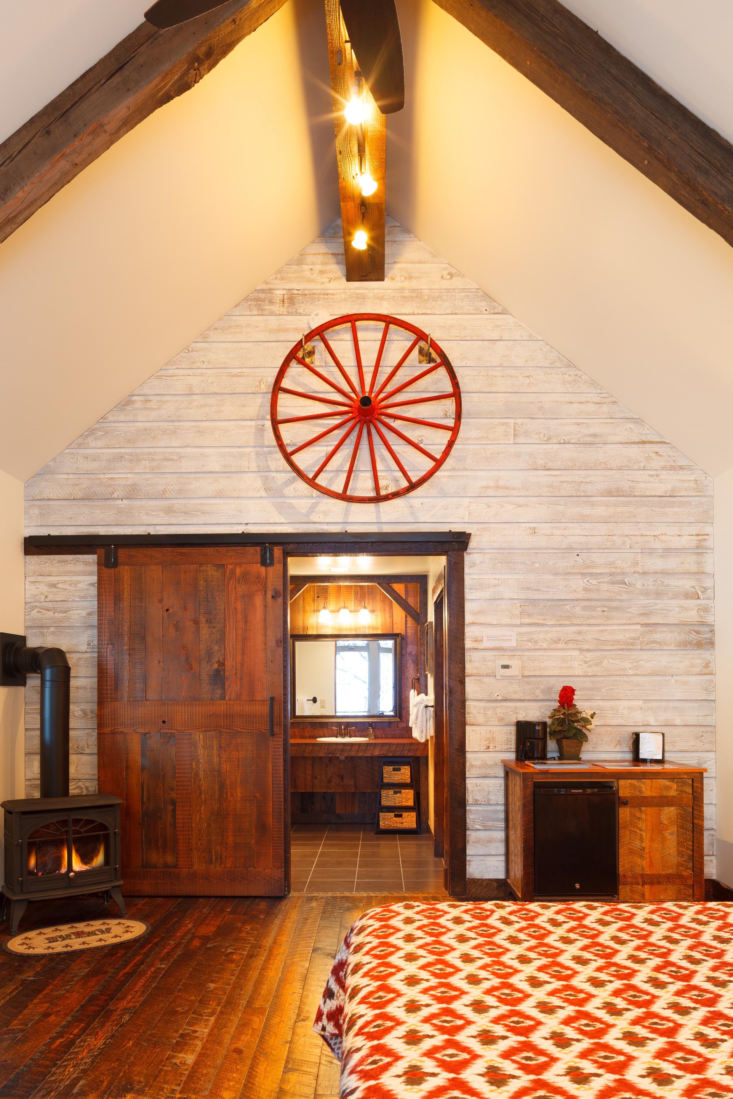 Moose-Creek-cabin-ADA_1242.jpg