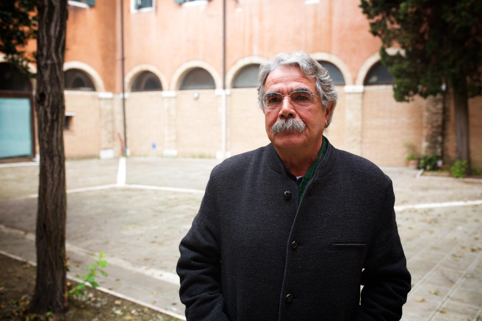 Luciano Mazzolin, ex-operaio del Petrolchimico, portavoce della associazione AmbienteVenezia. Venezia, Ottobre 2014.