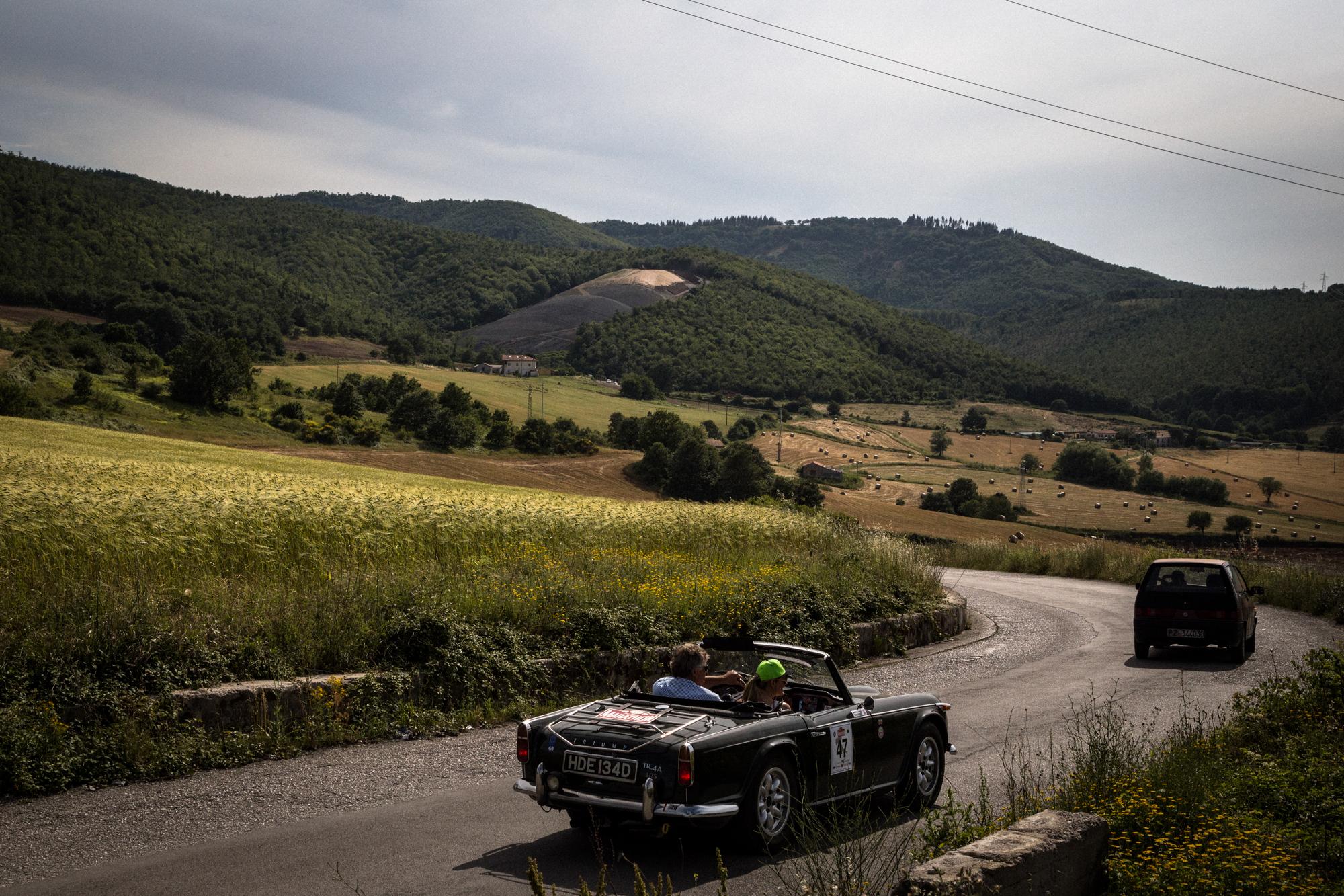 Veduta della montagna sovrastante l'area Industriale di Tito. Tito (Zona Industriale), Giugno 2015