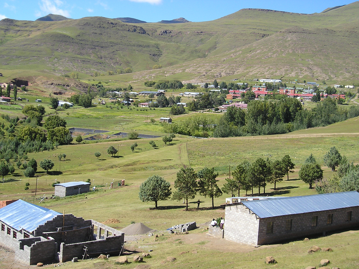Mokhotlong town in the mountains of Lesotho - site of Harvester's School