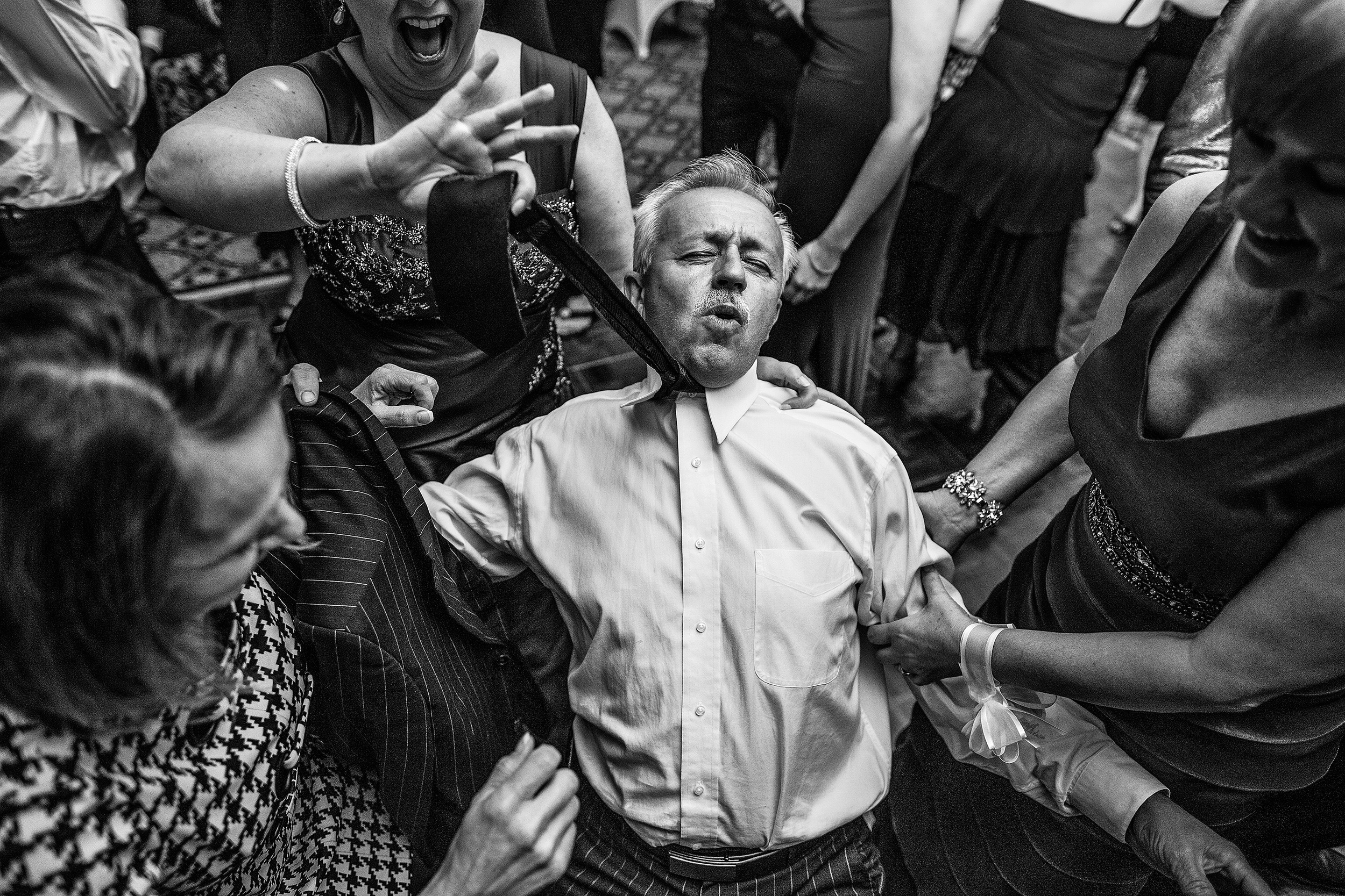 guest enjoying himself on the dance floor at a chateau laurier wedding