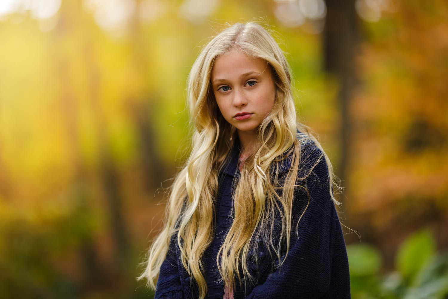 outdoor picture of a young girl