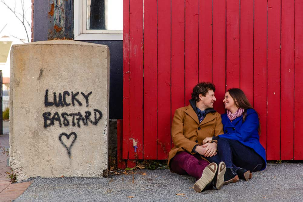 funny engagement photograph in gatineau