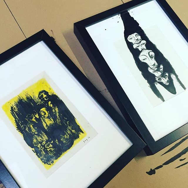 Framing my illustrations for my new exhibition inaugurated this Sarurday at the Iris Gallery in Pully. Some artwork already posted like these and a lot of new material...