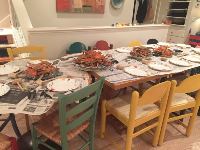 classic seafood feast: crabs and lobstas.