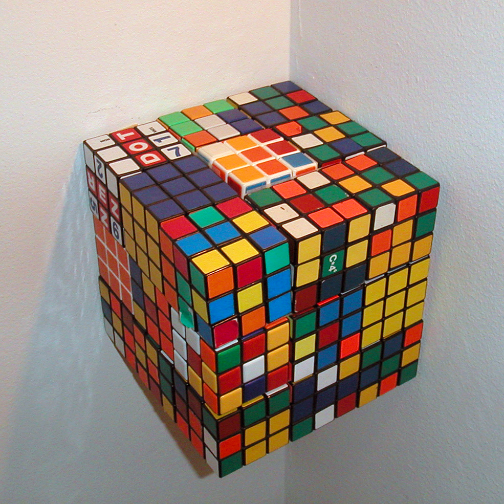 Jättiläisrubikinkuutio, 16,5 x 16,5 x 16,5 cm. 2003