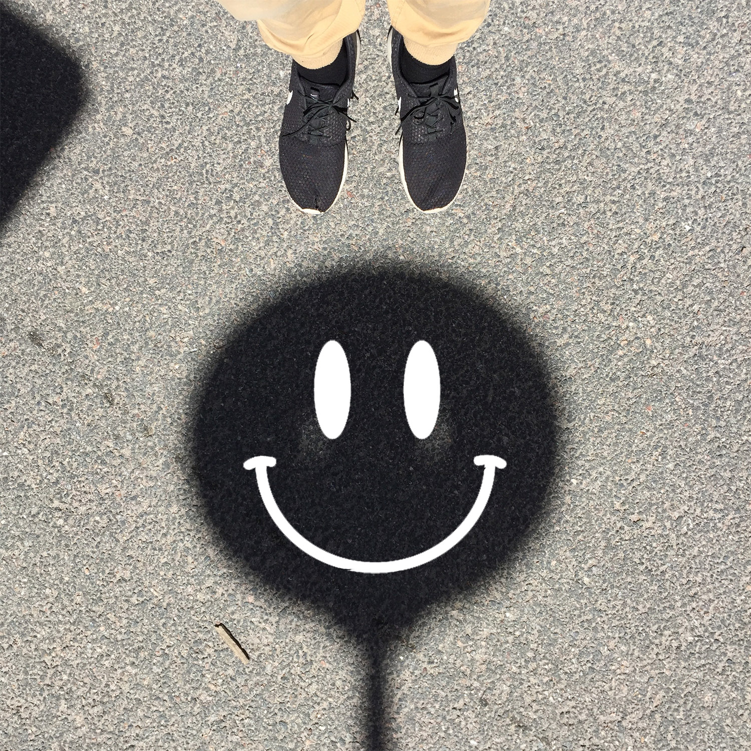 shadowsmiley2.jpg