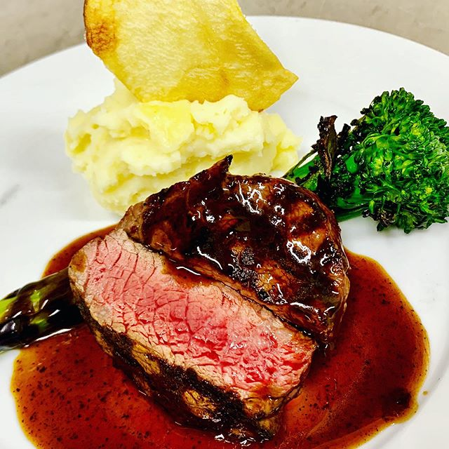 #dineLA continues through Friday....entree option....PRIME RIB EYE MEDALLION  grilled broccolini / potato aligot / balsamic sauce. $39/p 3 course