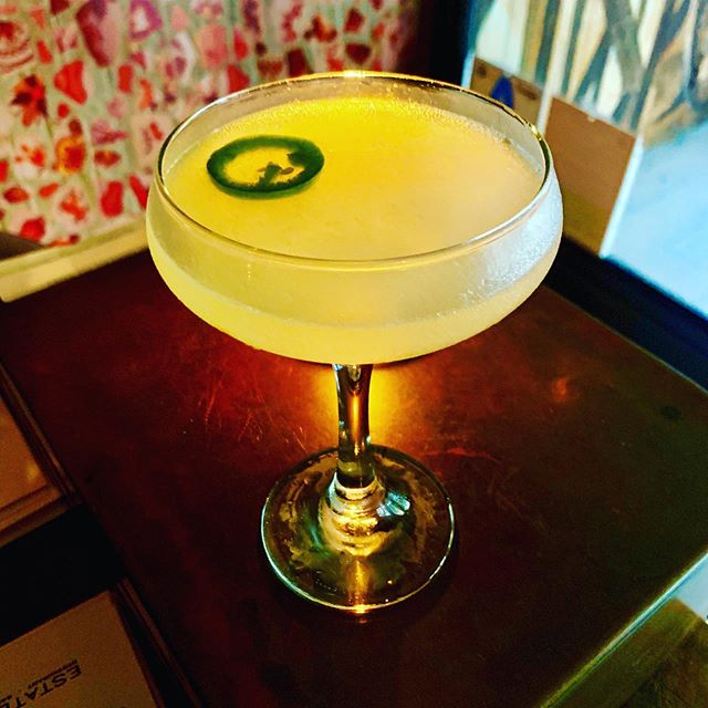 PAZ VERDE  mezcal, tequila, lime, ancho reyes liquor, green chartreuse, agave, chile serrano #mexicanindependenceday