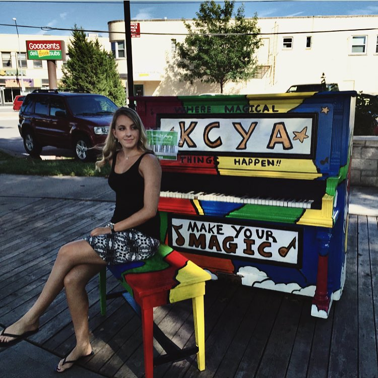 Small Pianos For Sale , second hand pianos for sale , upright piano for sale near me