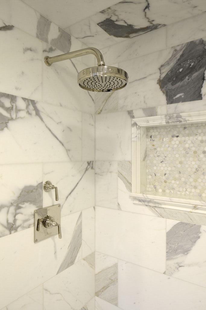 10 Medina Bathroom.jpg