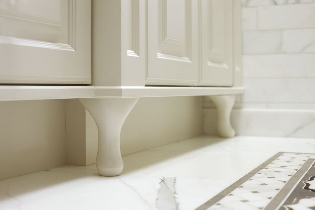 17 Medina Bathroom.jpg