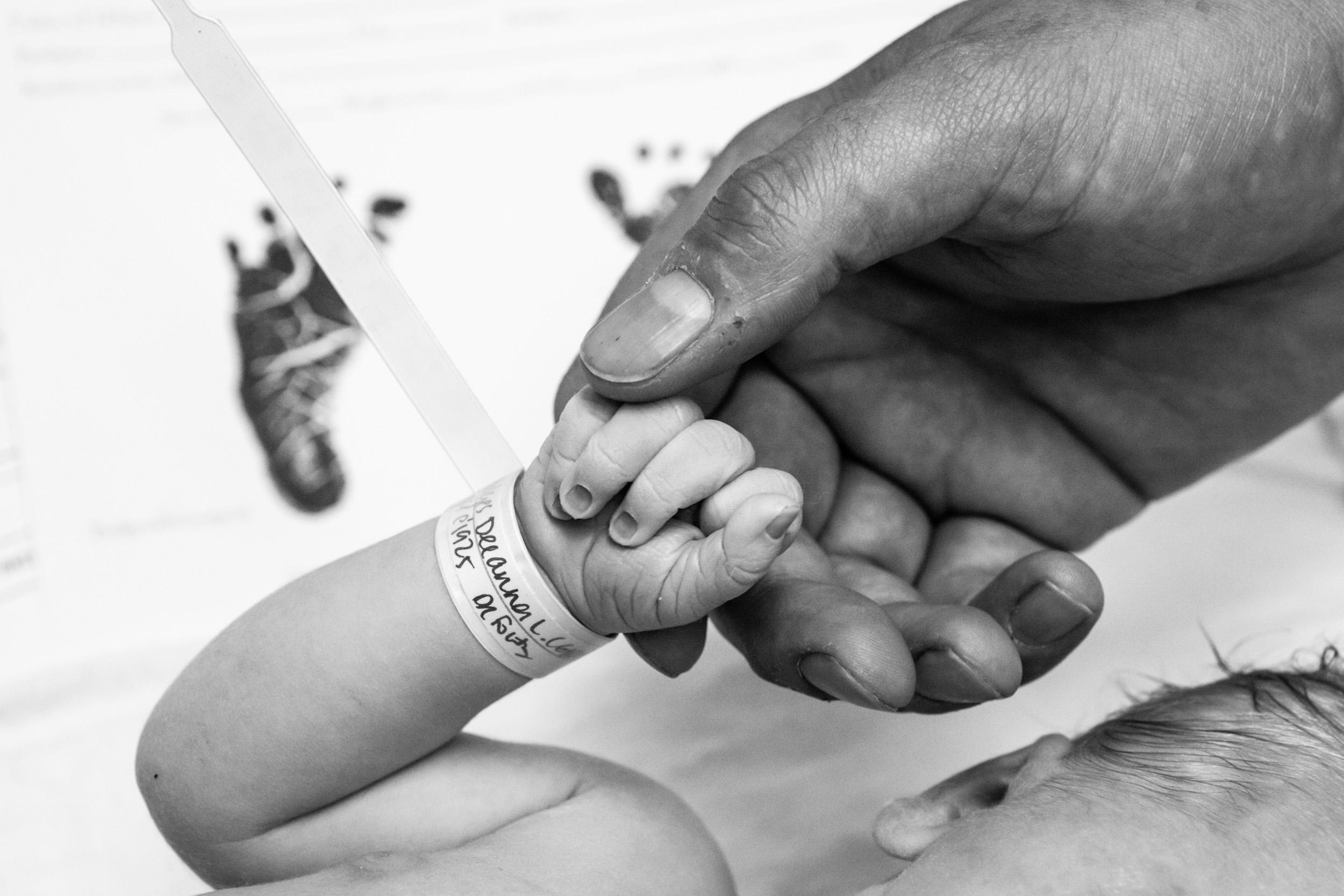 jacksonville-birth-photographer-ss-53.jpg