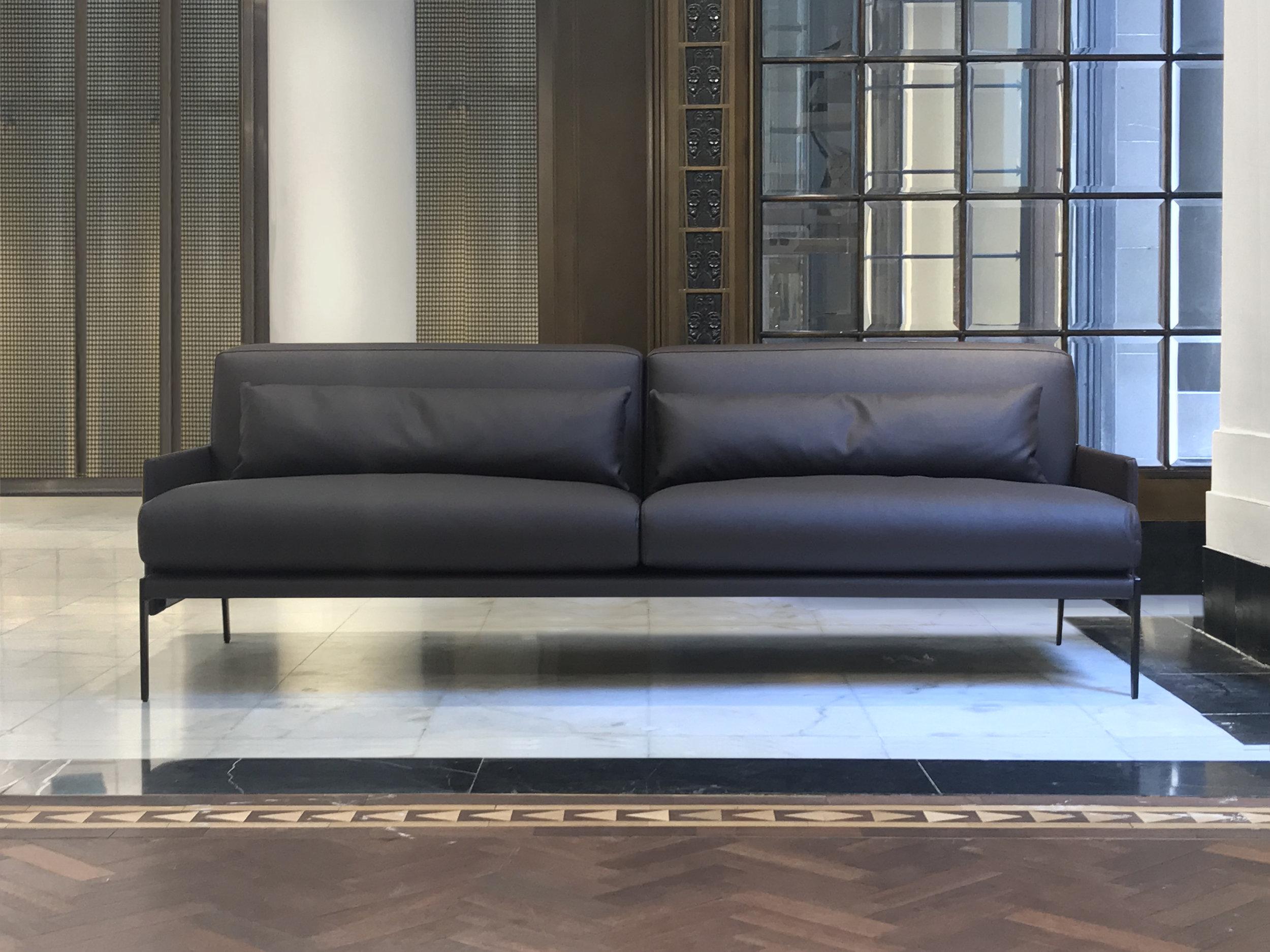 Chianti sofa &chair