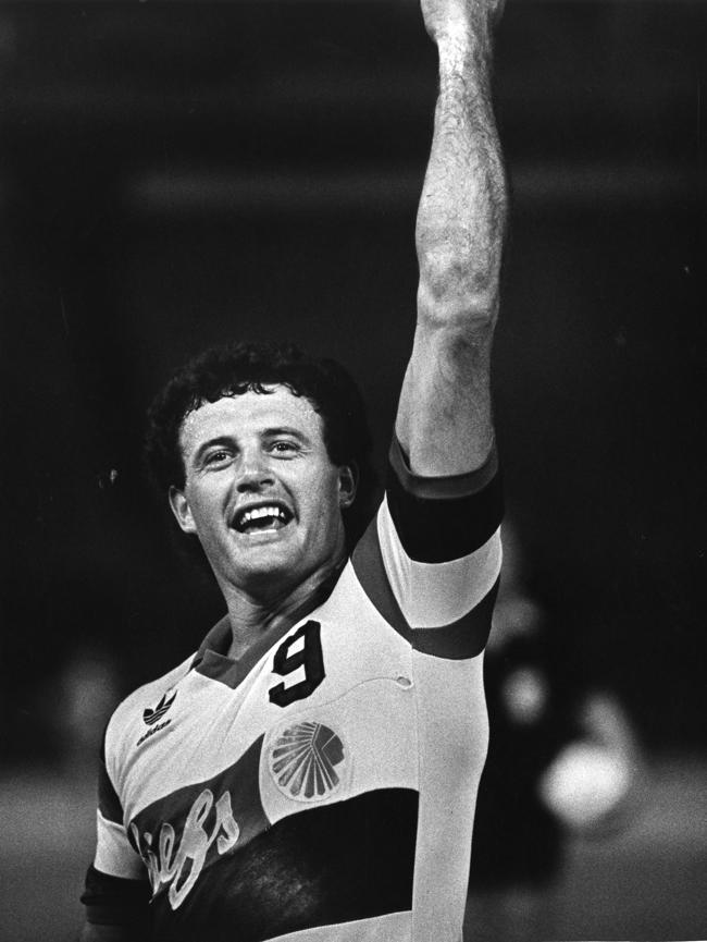 The Atlanta Chiefs Paul Child scores his 100th career goal and celebrates in 1981 Louie Favorite  AJC.JPG