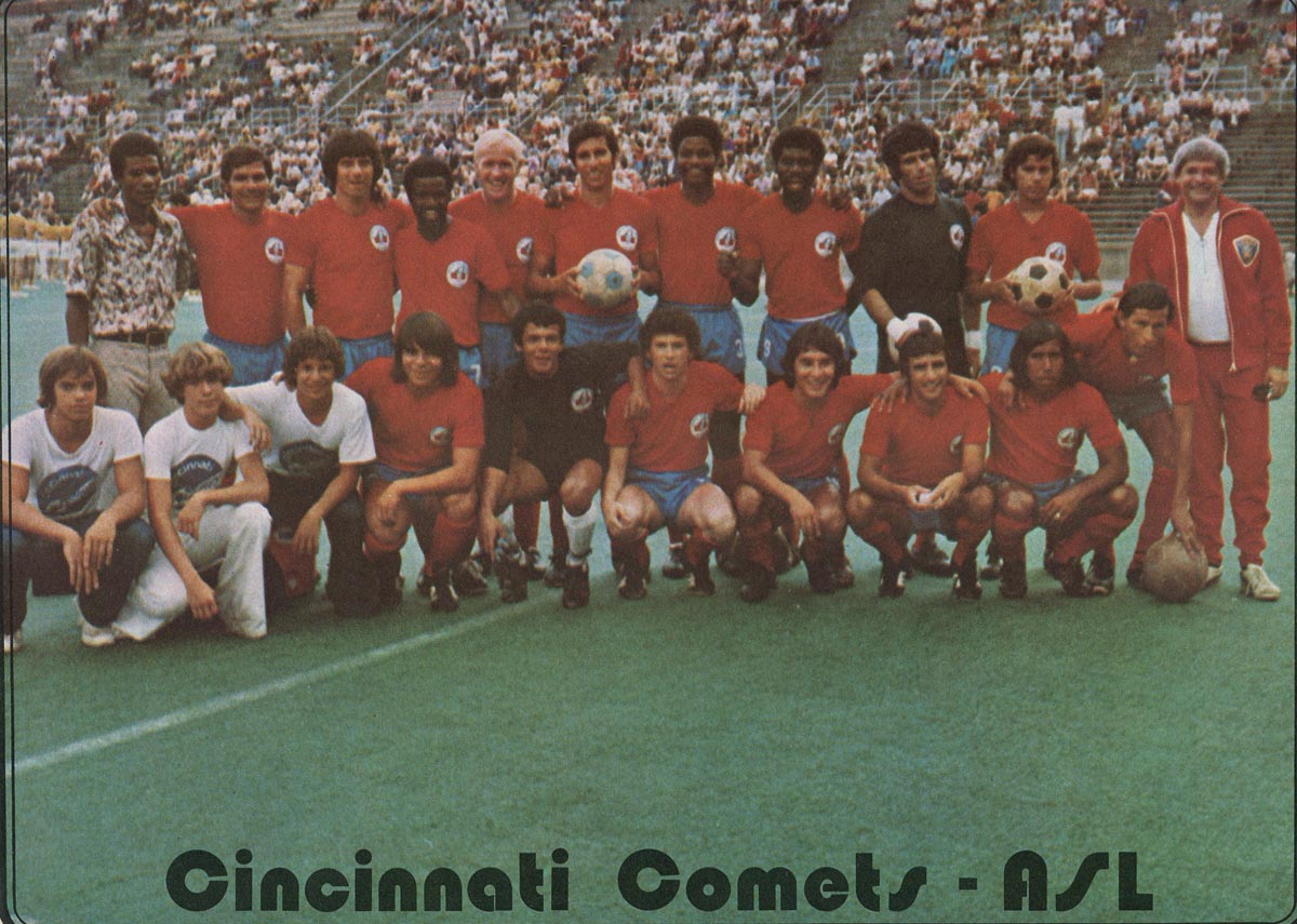 Comets 74 Road Team.jpg
