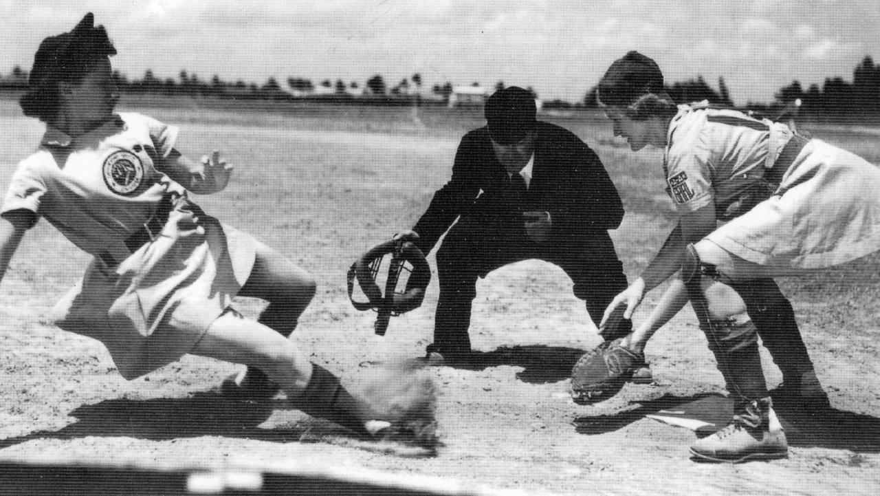 Marge Callaghan FW -Norris Ward-Dottie Green Roc 1948 2.jpg