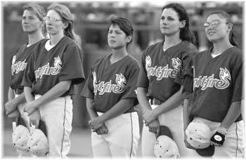 womens-baseball1-9734.jpg