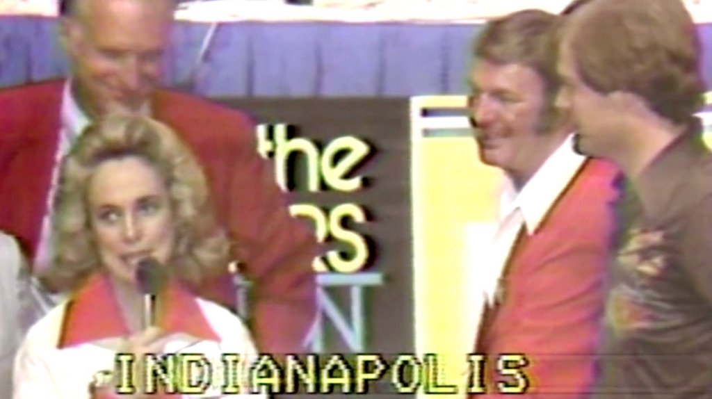 Nancy-Leonard-at-Pacers-telethon.jpg