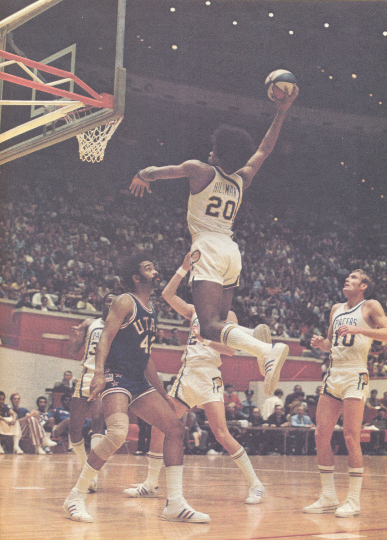 Pacers 71-72 Home Back Darnell Hillman.jpg