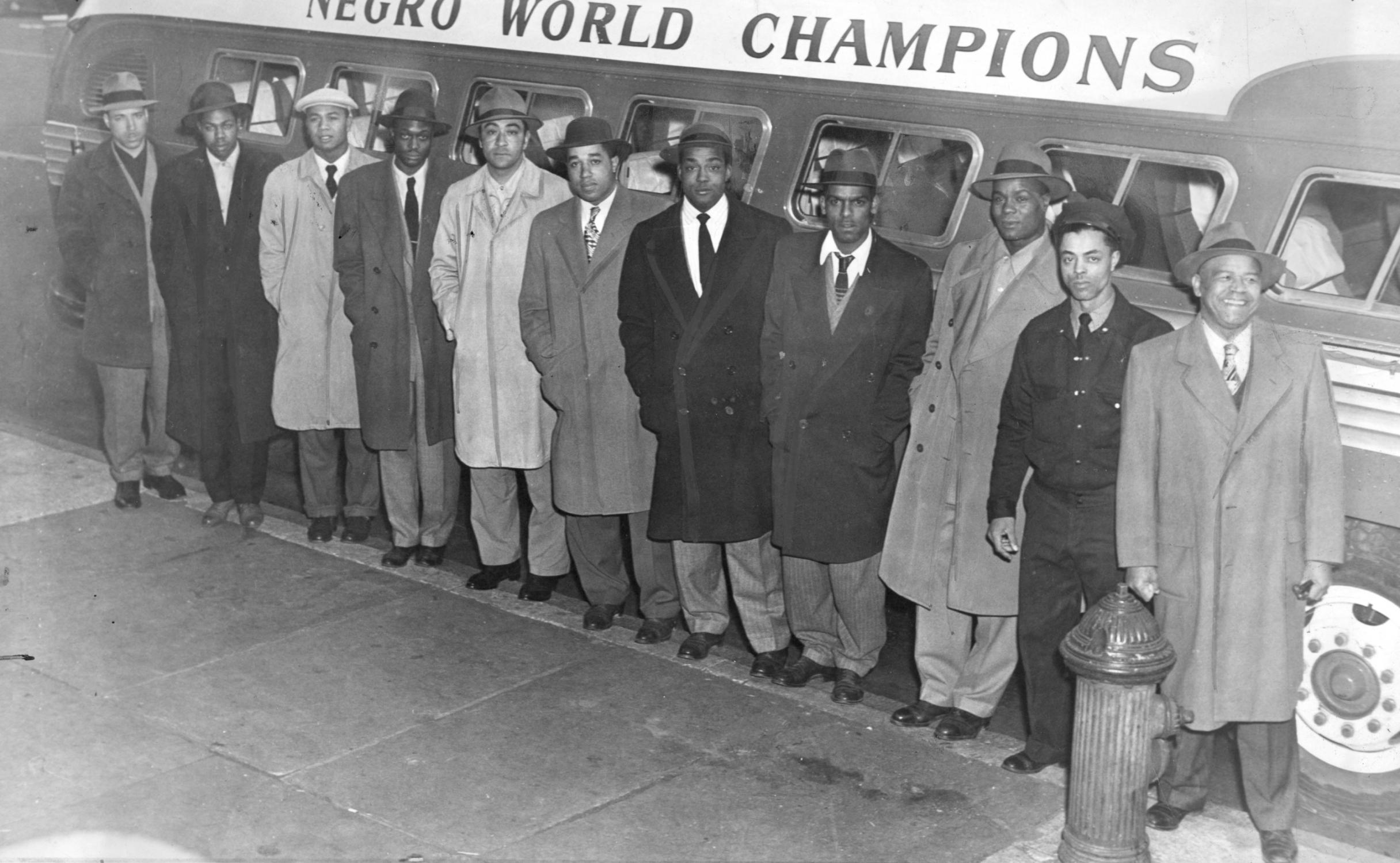 Negro Leagues Newark Eagles 1947 98.2008.4 NBL_hogan.jpg