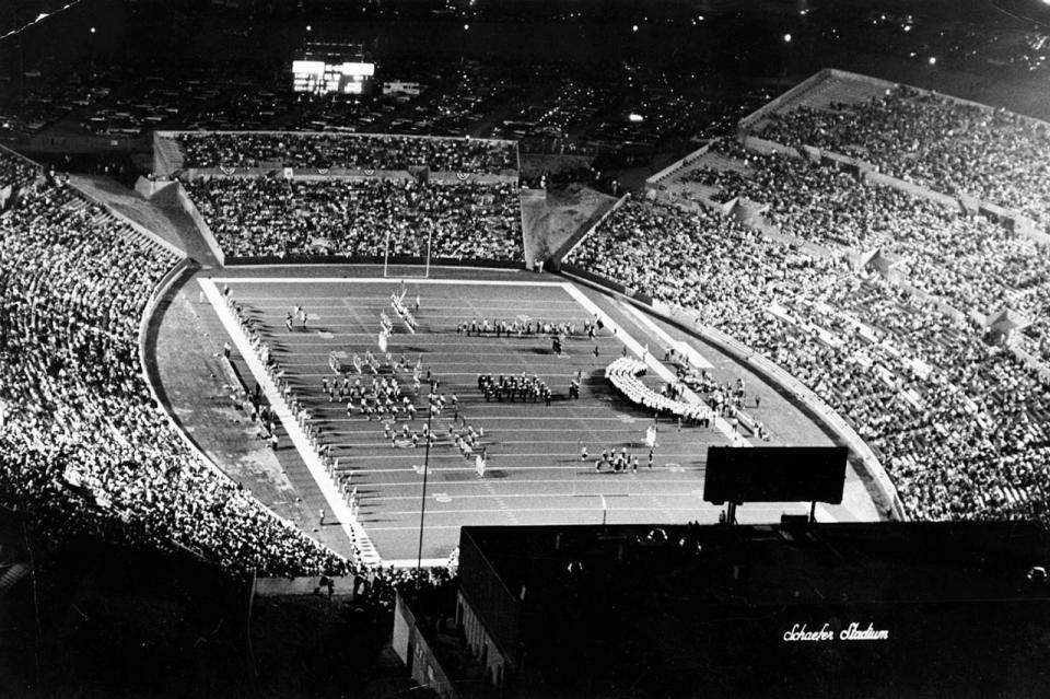 image.adapt_.960.high_.new_england_patriots_stadium.jpg