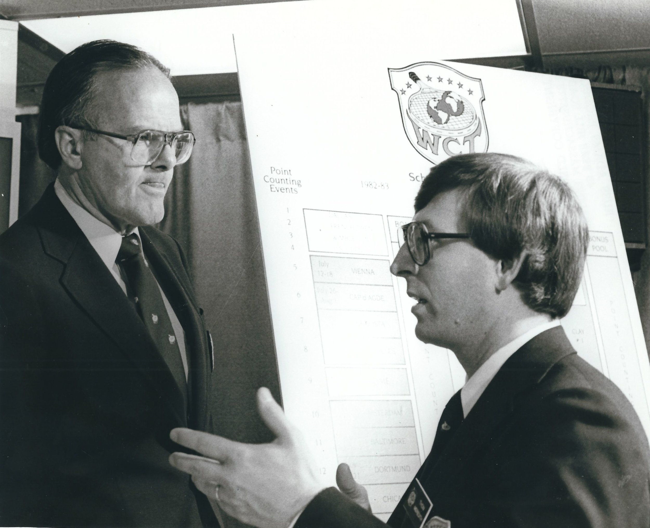 1982 WCT Press Conference Lamar Hunt, PR Director Thom Meredith.jpg