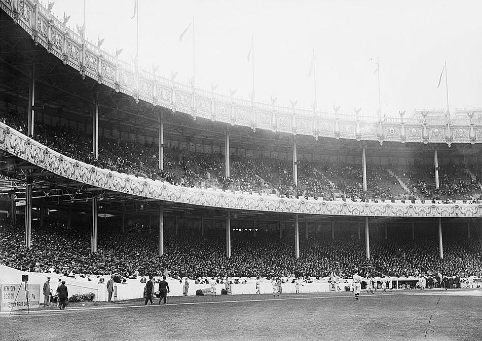 Game1_1912_World_Series_Polo_Grounds.jpg