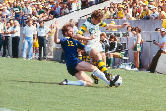 Cosmos 79 Road Bobby Smith, Rowdies.jpg