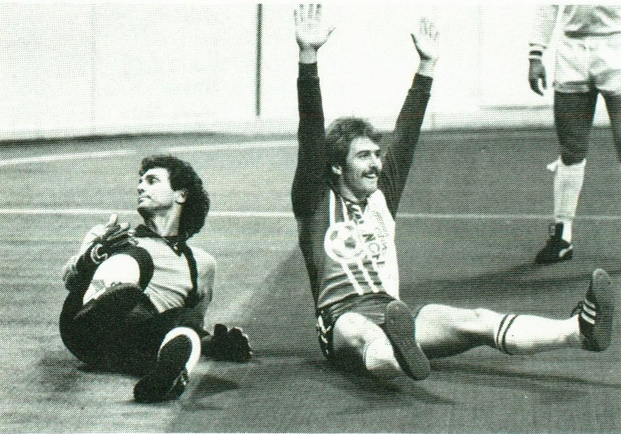 Avalanche 81-82 Road Charlie Carey, Comets.jpg