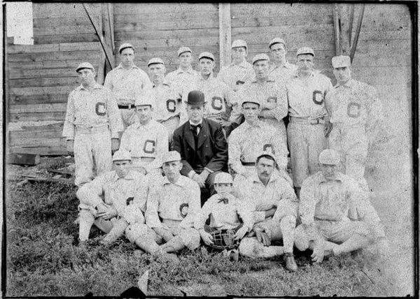 Cleveland-Bluebirds-1901.jpg