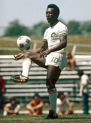 Cosmos 75-76 Home Pele Striped Sleeves (2).jpg