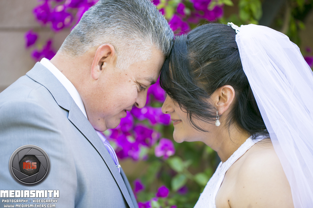 Wedding_Photography_Phoenix_AZ_Wife_Husband_Heads_touching